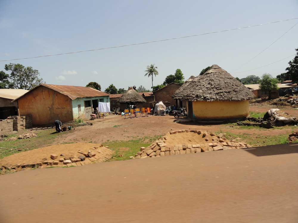 Habitat traditionnel et cases en Guinée