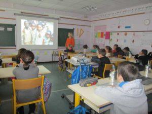 Présentation de l'association Espoir des écoliers guinéens aux élèves de l'école primaire du Lion d'Or